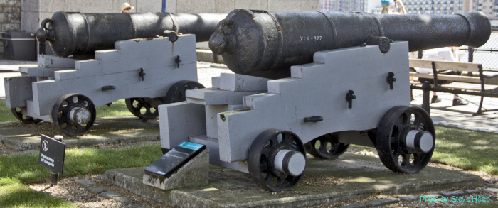 12-pound Cannons