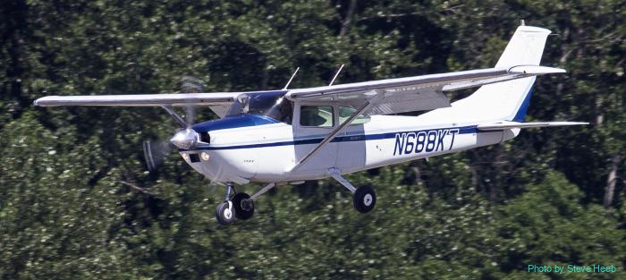 Cessna 182 Skylane (multiple)