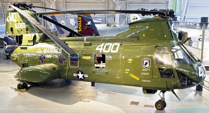 CH-46D Sea Knight