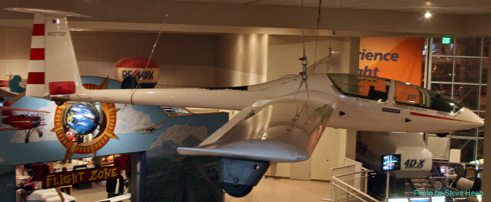 DG-500M Glider
