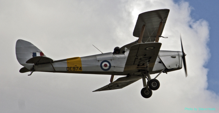 de Havilland DH.82 Tiger Moth (multiple)