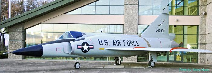 F-102 Delta Dagger (multiple)