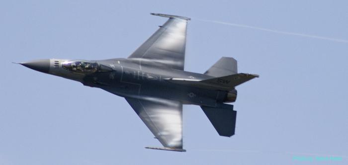 F-16 Falcon (multiple)