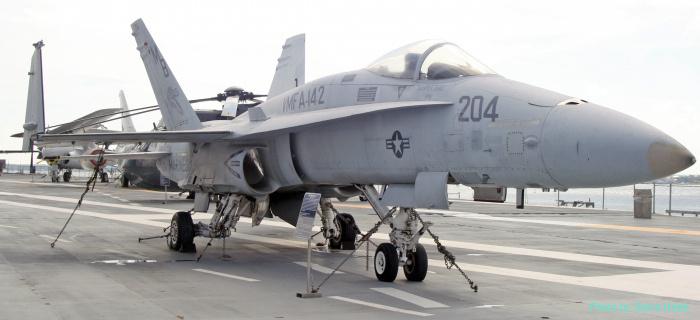F-18 Hornet (multiple)