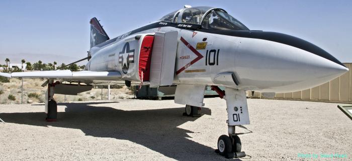 F-4 Phantom II (multiple)