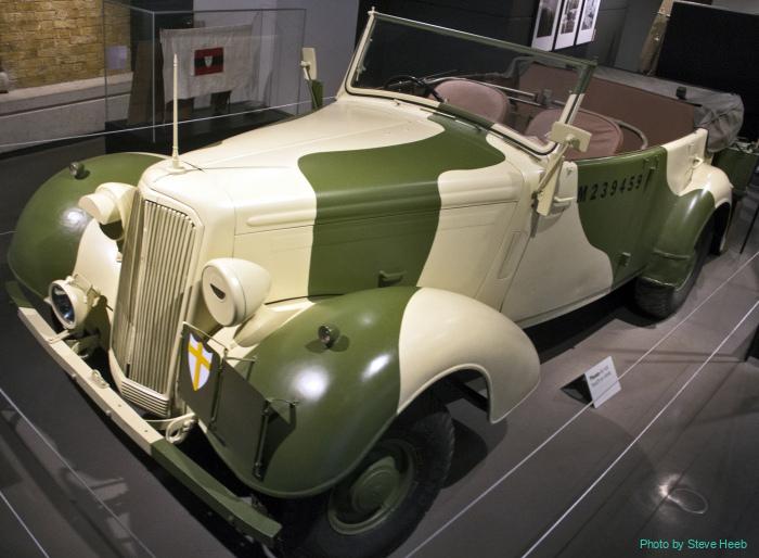 Humber staff car