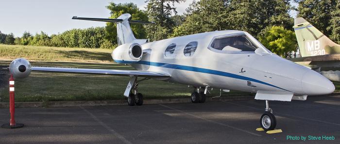 Gates LearJet 24B