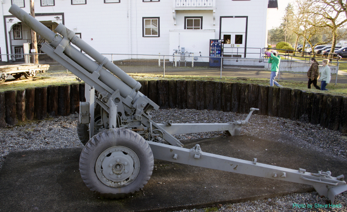 M-101A1 105mm Howitzer (multiple)