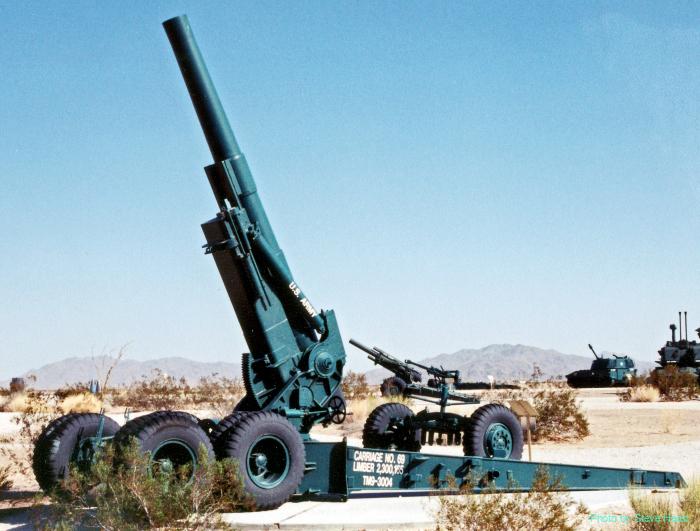 M115 8-inch Howitzer
