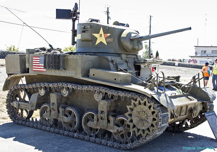 M3A1 Stuart (multiple)