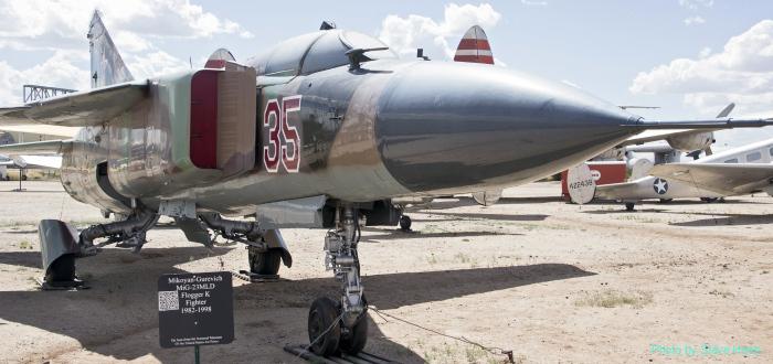 MiG-23 Flogger (multple)
