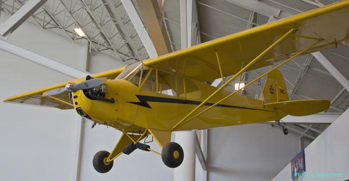 Piper J-3 Cub (multiple)