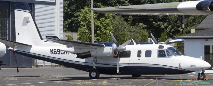 Aero Turbo Commander 690