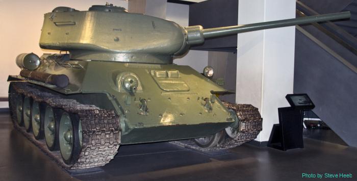 T-34/85 Russian medium tank (multiple)
